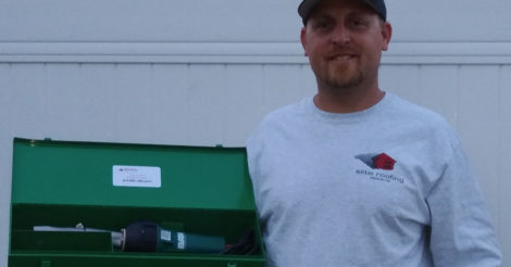 2019 WRE Raffle Winner Chris Taylor with his prize
